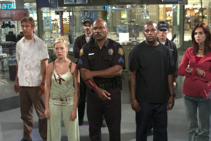 still-of-ving-rhames-mekhi-phifer-sarah-polley-michael-kelly-inna-korobkina-and-jake-weber-in-dawn-of-the-dead-2004-large.jpg